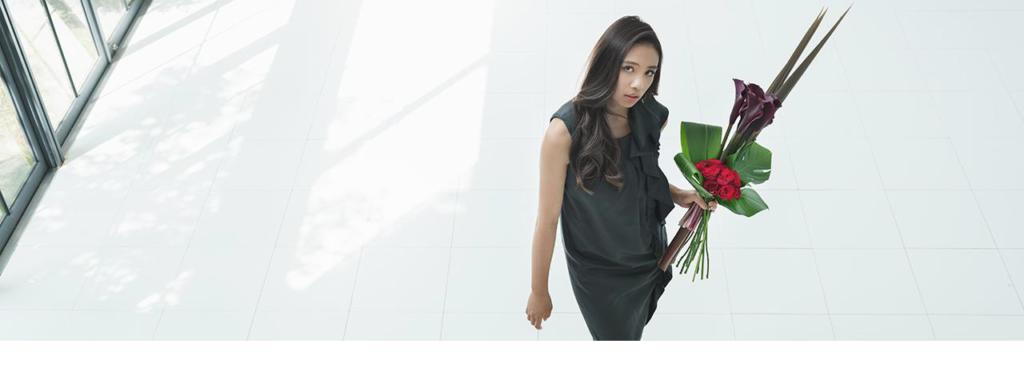 花キューピットの高級路線のサブブランド「プシュケ&」イメージ画像。テーマはシンプルモダン。